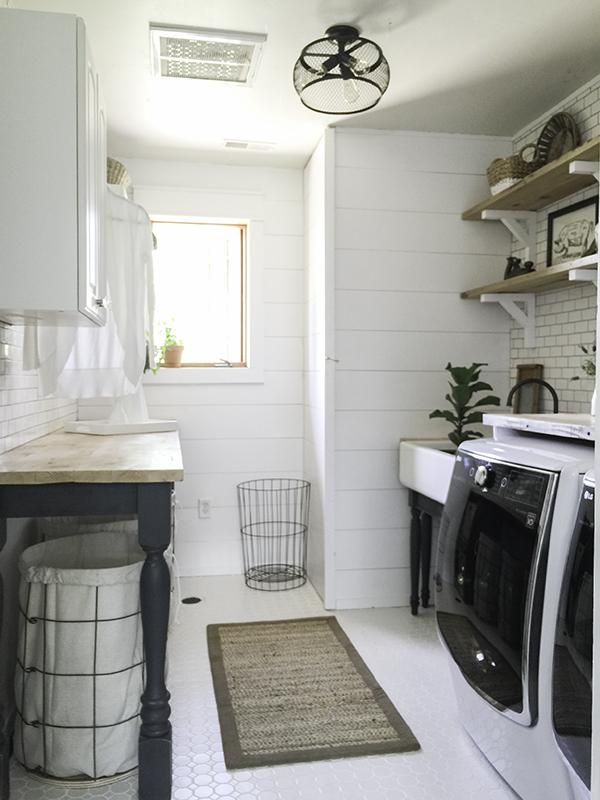 Beautiful Farmhouse Laundry Room Inspiration A Heart